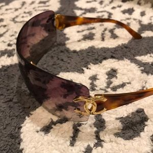 ***Authentic***Chanel rimless sunglasses